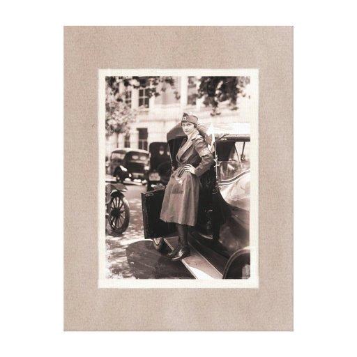 Enfermera de la Cruz Roja WW1 con el coche del Impresión En Lienzo