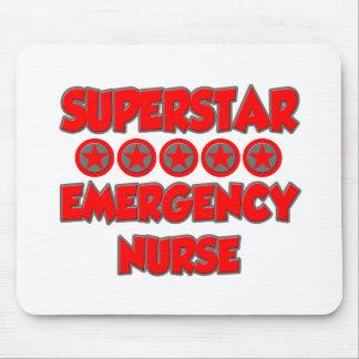 Enfermera de la emergencia de la superestrella alfombrilla de ratón