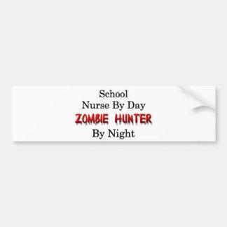Enfermera de la escuela/cazador del zombi etiqueta de parachoque