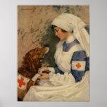 Enfermera de la guerra con el golden retriever póster