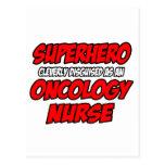 Enfermera de la oncología del super héroe… postal