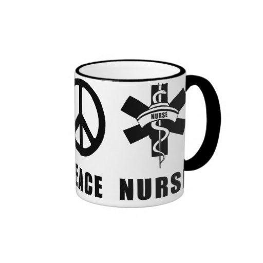 Enfermera de la paz del amor tazas de café