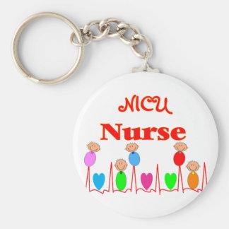 Enfermera de NICU--Gráficos adorables del bebé Llavero Redondo Tipo Pin