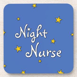 Enfermera de noche posavaso