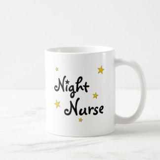 Enfermera de noche taza