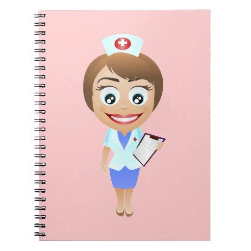 Enfermera de sexo femenino feliz libreta espiral