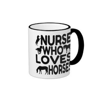 Enfermera del amante del caballo taza de dos colores