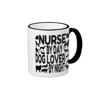 Enfermera del amante del perro tazas