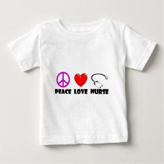 Enfermera del amor de la paz tee shirts