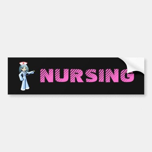 Enfermera del animado con el uniforme del azul del pegatina de parachoque