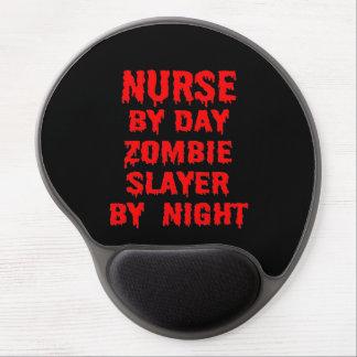 Enfermera del asesino del zombi del día por noche alfombrilla para ratón de gel
