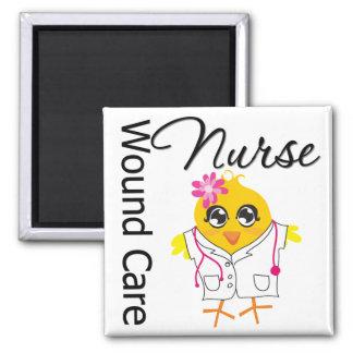 Enfermera del cuidado de la herida del polluelo v2 imán cuadrado