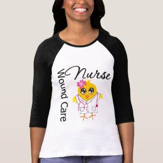Enfermera del cuidado de la herida del polluelo v2 playera