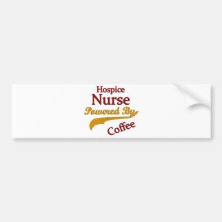 Enfermera del hospicio accionada por el café pegatina para auto