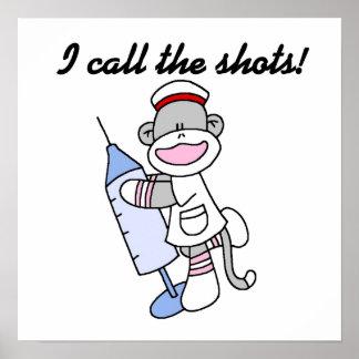 Enfermera del mono del calcetín llamo los regalos  póster
