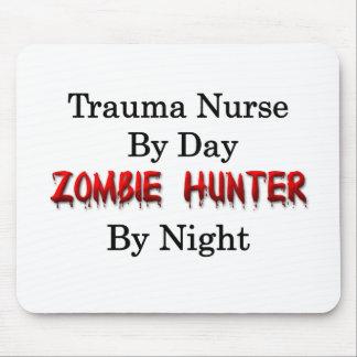 Enfermera del trauma cazador del zombi alfombrillas de ratones