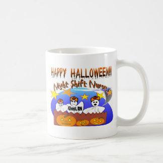 Enfermera del turno de noche del feliz Halloween Taza De Café