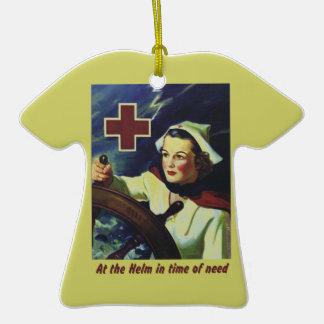 Enfermera en el timón adorno de cerámica en forma de playera