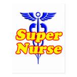 Enfermera estupenda con el caduceo postales