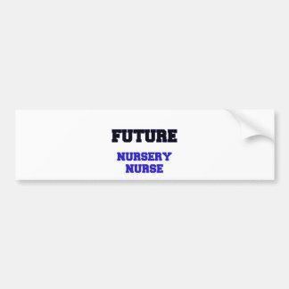 Enfermera futura del cuarto de niños etiqueta de parachoque
