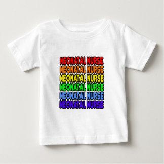 Enfermera neonatal del arco iris t-shirts