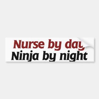 Enfermera por ninja del día por noche pegatina para auto