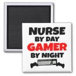 Enfermera por videojugador del día por noche imán para frigorífico
