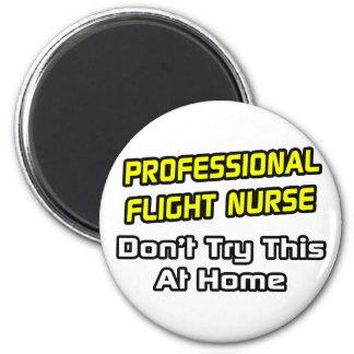 Enfermera profesional del vuelo. Chiste Iman De Nevera