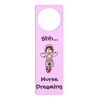 Enfermera que soña la suspensión colgante para puerta