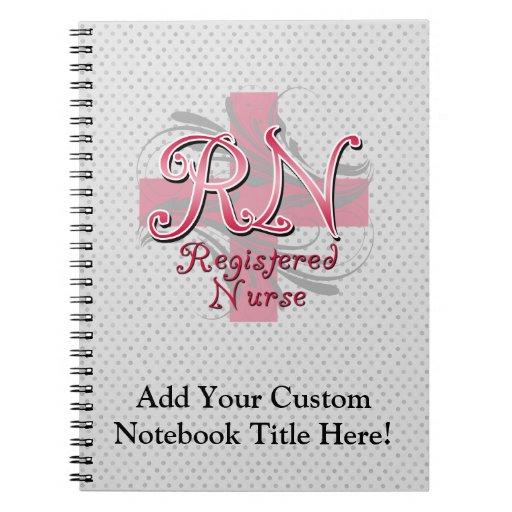 Enfermera registradoa, remolinos rosados de la cru libro de apuntes con espiral