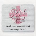 Enfermera registradoa, remolinos rosados de la cru tapete de ratones