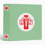 Enfermera RN o carpeta de las iniciales