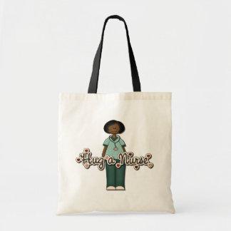 Enfermera sonriente amistosa bolsa tela barata