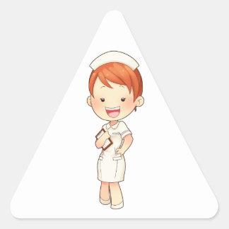 Enfermera tradicional Redheaded que sostiene el Pegatina Triangular