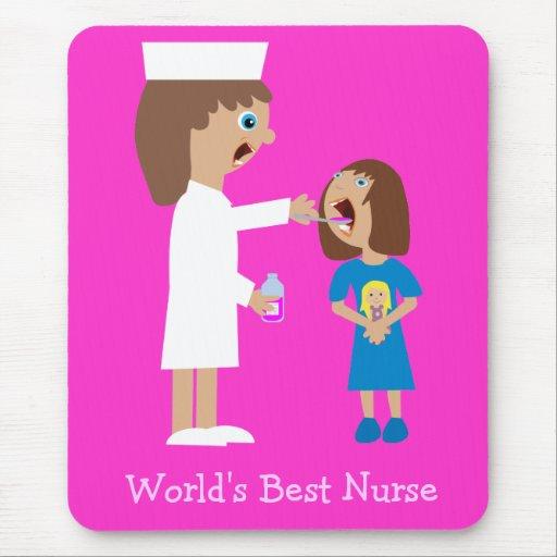Enfermera y niño lindos del dibujo animado de la mouse pad