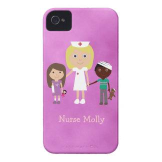 Enfermera y niños pediátricos lindos púrpuras iPhone 4 Case-Mate funda