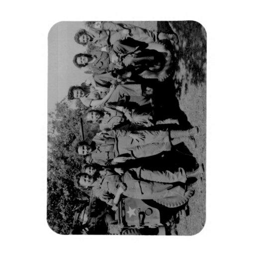Enfermeras al lado del jeep WWII Iman De Vinilo