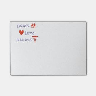 Enfermeras del amor de la paz post-it® notas
