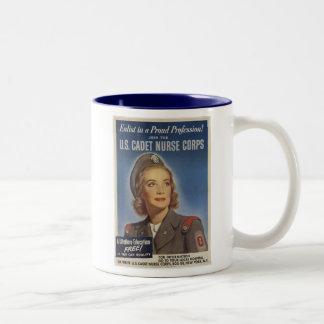 Enfermeras del cadete del vintage taza dos tonos