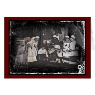 Enfermeras del niño del soldado en la estación de tarjeta de felicitación