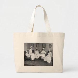 Enfermeras en el té, 1900s tempranos bolsa tela grande