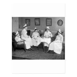 Enfermeras en el té 1900s tempranos postales