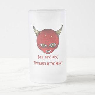Enfermo, enfermo, enfermo--el humor de la bestia taza cristal mate