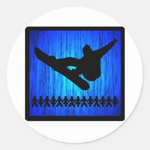 Enfoque azul de la snowboard pegatina redonda