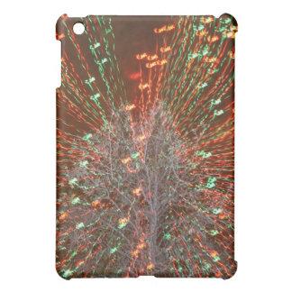 Enfoque de las luces de navidad del árbol de Live