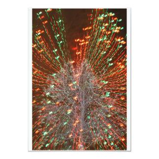 """Enfoque de las luces de navidad del árbol de Live Invitación 5"""" X 7"""""""