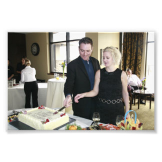 ENGAGEMENT PARTY: SHANE AND STEFFIE CUTTING CAKE! ART PHOTO