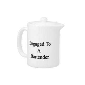 Enganchado a un camarero