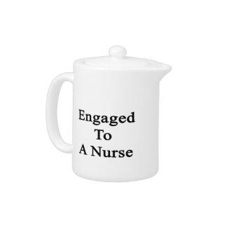 Enganchado a una enfermera