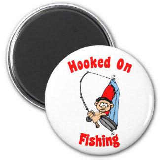 Enganchado en el imán de la pesca